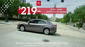 Toyota Pick & Roll Sales Event TV Spot, '2019 Camry LE' [T2] - Thumbnail 8