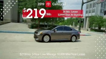 Toyota Pick & Roll Sales Event TV Spot, '2019 Camry LE' [T2] - Thumbnail 9
