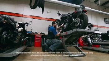 Motorcycle Mechanics Institute (MMI) TV Spot, 'Your Soundtrack' - Thumbnail 8