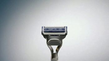 Gillette SkinGuard TV Spot, 'Protege tu cara' [Spanish] - Thumbnail 4