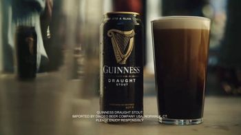Guinness TV Spot, '2019 St. Patrick's Day: A Toast to Tradition: Sláinte' - Thumbnail 8