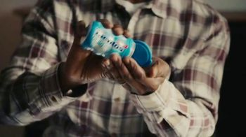 Mentos Pure Fresh Gum TV Spot, 'Small Talk: Man's Man' - Thumbnail 6