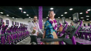 Planet Fitness Black Card TV Spot, 'All The Perks' - Thumbnail 5