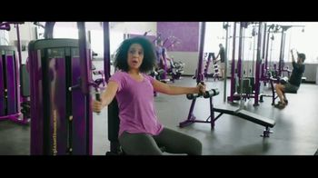 Planet Fitness Black Card TV Spot, 'All The Perks' - Thumbnail 6