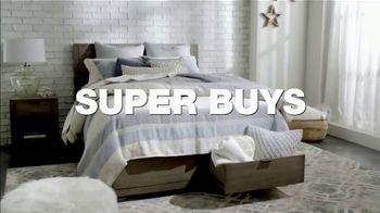 Macy's Presidents Day Sale TV Spot, 'Super Buys' - Thumbnail 4