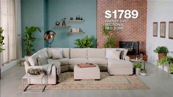 Macy's Presidents Day Sale TV Spot, 'Super Buys' - Thumbnail 6