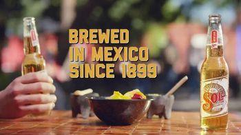Cerveza Sol TV Spot, 'Bright' - Thumbnail 3