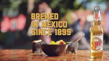 Cerveza Sol TV Spot, 'Bright' - Thumbnail 4