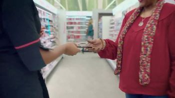 Walgreens TV Spot, 'Lucha linda' canción de Sampa the Great [Spanish] - Thumbnail 5