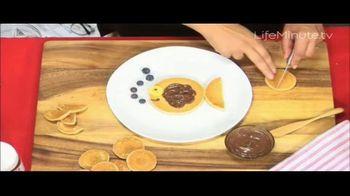 Nutella TV Spot, 'Life Minute: Pancake Day' Featuring Donatella Arpaia - Thumbnail 7