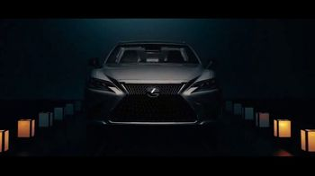 Invitation to Lexus Sales Event TV Spot, 'Guest' [T1] - 398 commercial airings