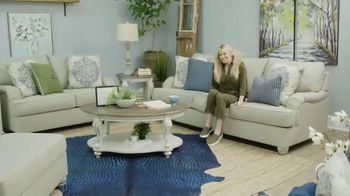Ashley HomeStore TV Spot, 'Home Delivery' Song by Sheppard - Thumbnail 5