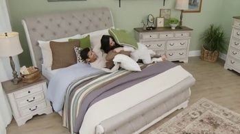 Ashley HomeStore TV Spot, 'Home Delivery' Song by Sheppard - Thumbnail 6