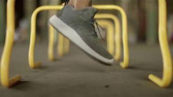 SKECHERS SportKnits TV Spot, 'Respirable y ligero' [Spanish] - Thumbnail 6