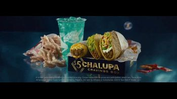 Taco Bell $5 Chalupa Cravings Box TV Spot, 'Box of Wonders' - Thumbnail 6
