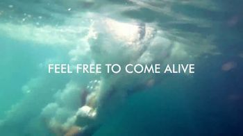 Norwegian Cruise Lines New Year Big Savings TV Spot, 'Out Here You're Free: Six Offers' Song by Andy Grammer - Thumbnail 7