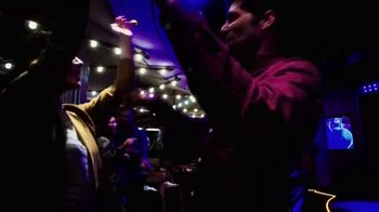 Norwegian Cruise Lines New Year Big Savings TV Spot, 'Out Here You're Free: Six Offers' Song by Andy Grammer - Thumbnail 9