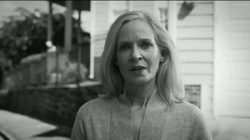 Susan G. Komen for the Cure TV Spot, 'Unacceptable' - Thumbnail 9