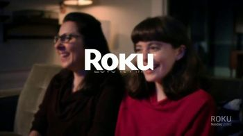 Roku Black Friday Deals TV Spot, 'Holidays: A Funny Surprise' - Thumbnail 8