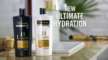 TRESemmé Ultimate Hydration TV Spot, 'Dry Hair Drama' - Thumbnail 4