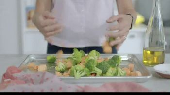Terra's Kitchen TV Spot, 'Guaranteed Fresh Ingredients: $35 Off' Song by Gyom - Thumbnail 5