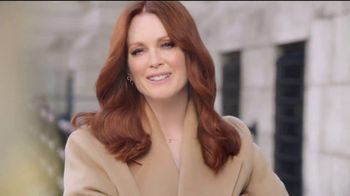 L'OreSuperior Preference Hair Color TV Spot, 'Women Who Want More' Featuring Julianne Moore - Thumbnail 9
