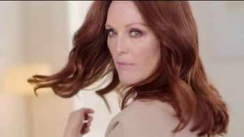L'OreSuperior Preference Hair Color TV Spot, 'Women Who Want More' Featuring Julianne Moore - Thumbnail 7