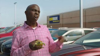 CarMax TV Spot, 'Turtle' Featuring Andy Daly, Gary Anthony Williams - Thumbnail 7