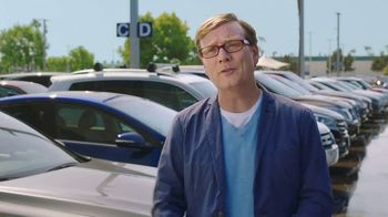 CarMax TV Spot, 'Turtle' Featuring Andy Daly, Gary Anthony Williams - Thumbnail 9