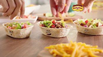 Old El Paso Tortilla Bowls TV Spot, 'Work It'