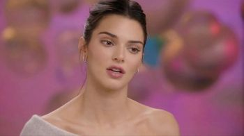 Proactiv MD TV Spot, 'Awards Show' Featuring Kendall Jenner - Thumbnail 7