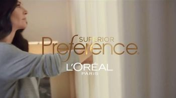 L'Oreal Paris Superior Preference Hair Color TV Spot, 'Women Who Want More' Featuring Courteney Cox, Song By TRIBE - Thumbnail 1