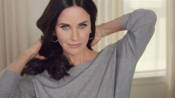 L'Oreal Paris Superior Preference Hair Color TV Spot, 'Women Who Want More' Featuring Courteney Cox, Song By TRIBE