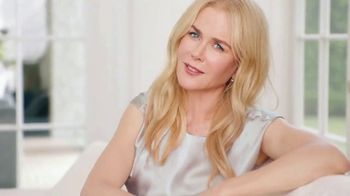 Neutrogena Rapid Wrinkle Repair TV Spot, 'One Week: Younger Skin' Featuring Nicole Kidman - Thumbnail 7
