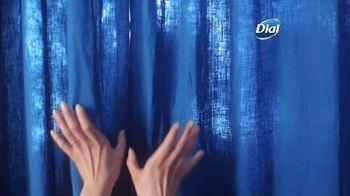 Dial Silk Moisture Body Wash TV Spot, 'Siempre lista' [Spanish] - Thumbnail 1