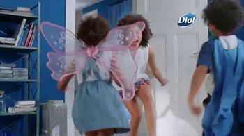 Dial Silk Moisture Body Wash TV Spot, 'Siempre lista' [Spanish] - Thumbnail 5