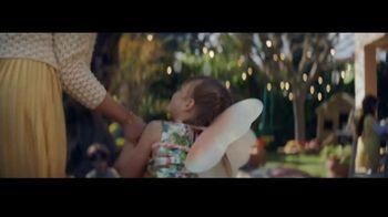Ritz Crackers TV Spot, 'Red Carpet' canción de Steven Gutheinz [Spanish] - Thumbnail 3