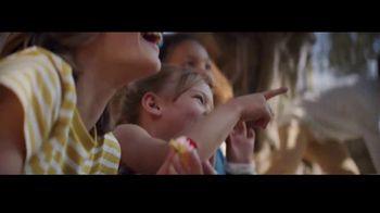 Ritz Crackers TV Spot, 'Red Carpet' canción de Steven Gutheinz [Spanish] - Thumbnail 8
