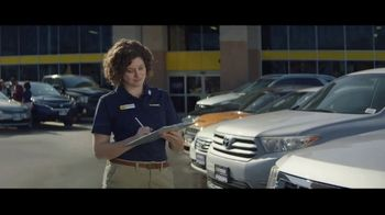 CarMax TV Spot, 'Crackers' - 323 commercial airings