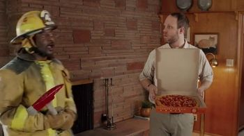 Little Caesars Pizza HOT-N-READY 5-Meat Feast TV Spot, 'Fainting' - Thumbnail 7