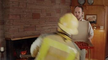 Little Caesars Pizza HOT-N-READY 5-Meat Feast TV Spot, 'Fainting' - Thumbnail 8