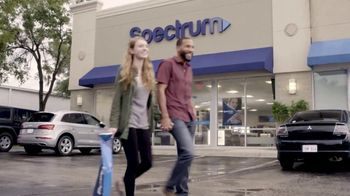 Spectrum Mobile TV Spot, 'Bring Your Phone in and Switch' - Thumbnail 1