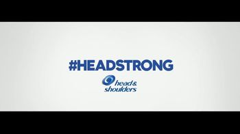 Head & Shoulders Smooth & Silky TV Spot, 'Headstrong: citas rápidas' canción de Campfire [Spanish] - Thumbnail 10