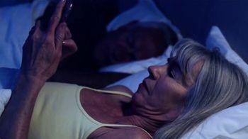 VirMax Blue Light Defense Sleep Formula TV Spot, 'Say Goodnight' - Thumbnail 3