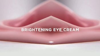 L'Oreal Paris Age Perfect Rosy Tone Eye TV Spot, 'In a Blink' Featuring Helen Mirren - Thumbnail 5