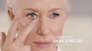 L'Oreal Paris Age Perfect Rosy Tone Eye TV Spot, 'In a Blink' Featuring Helen Mirren - Thumbnail 7