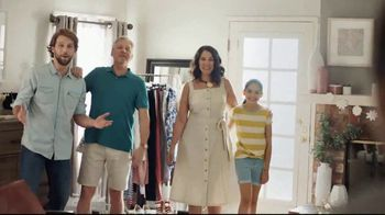 JCPenney Mother's Day Sale TV Spot, 'Go a Little Extra' Song by Redbone - Thumbnail 6