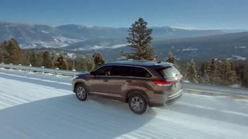 2019 Toyota Highlander TV Spot, 'Go Out and Play' [T2] - Thumbnail 5
