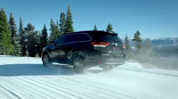 2019 Toyota Highlander TV Spot, 'Go Out and Play' [T2] - Thumbnail 6