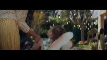 Ritz Crackers TV Spot, 'Red Carpet' - Thumbnail 4
